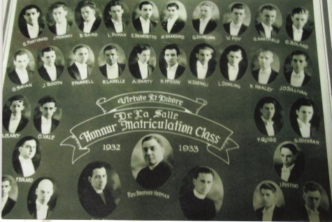 1933, Honours Matriculaton, De La Salle High School